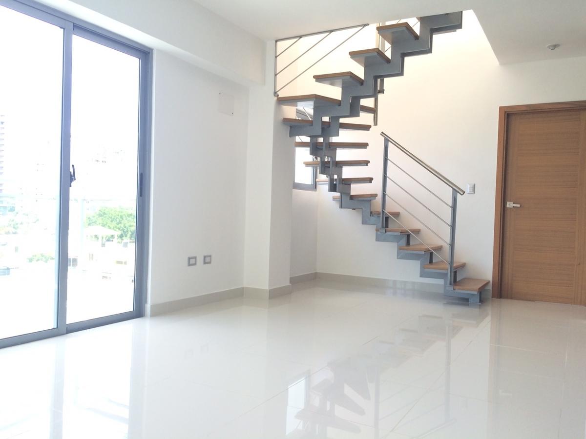 Piantini moderno penthouses tipo loft for Loft modernos exterior