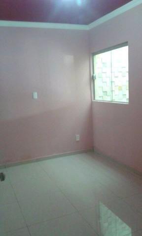 2 de 5: quarto com piso de porcelanato
