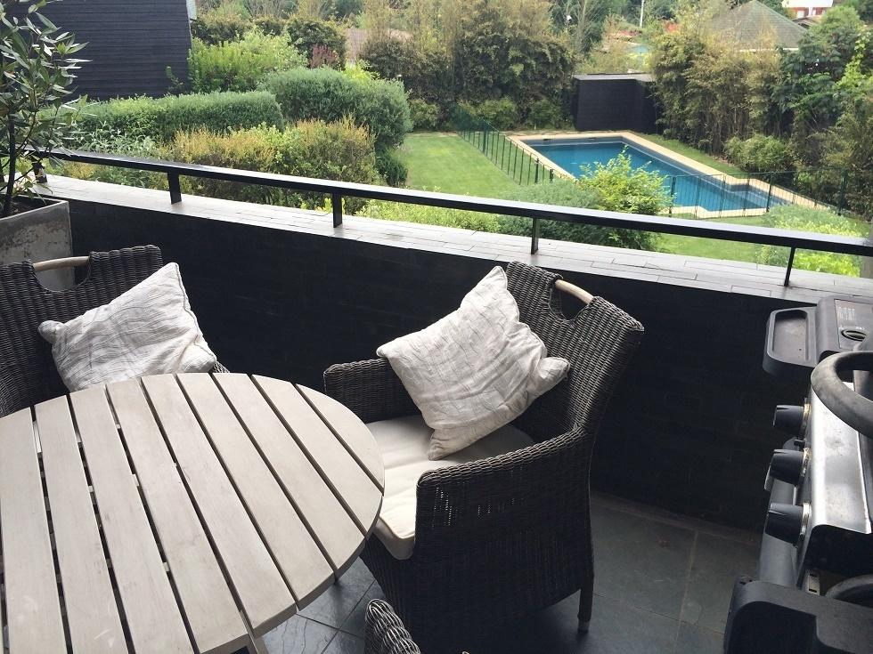 1 de 9: terraza jardin piscina