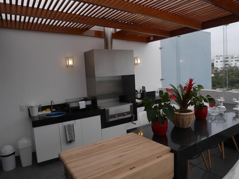 29 de 39: Hermosa Terraza con BBQ en Área Común último piso