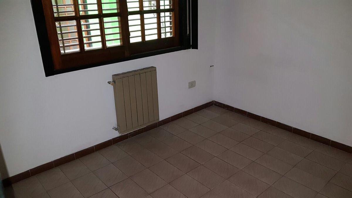 8 de 32: Habitacion planta baja casa principal