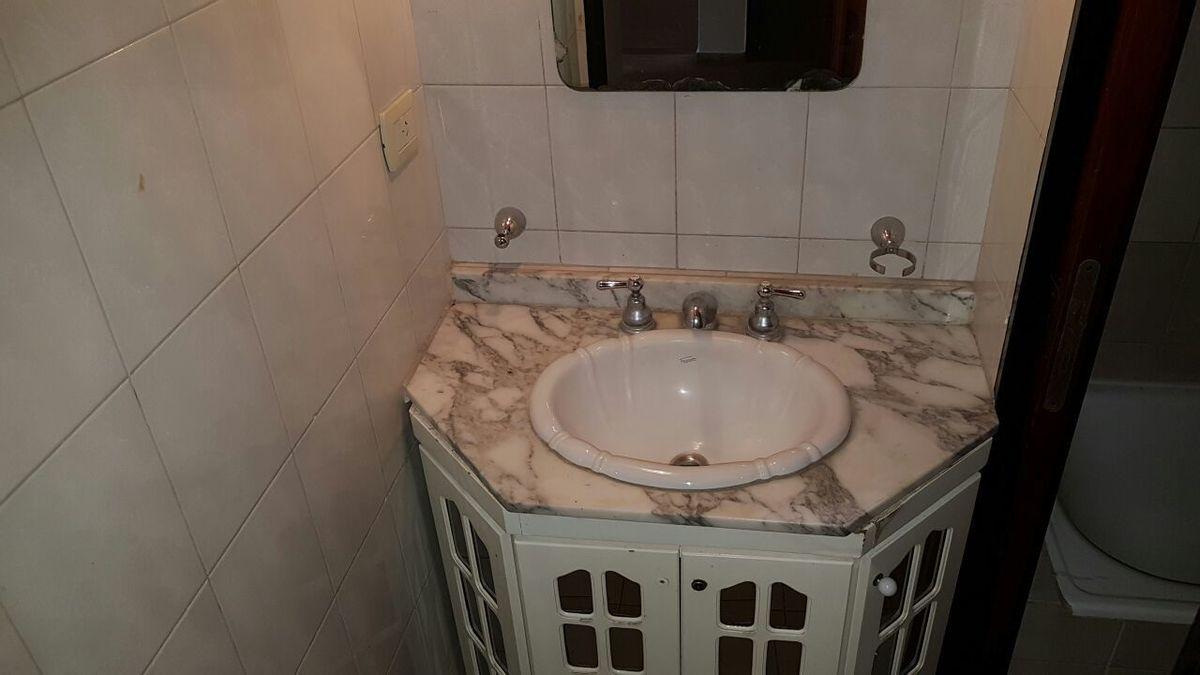 4 de 32: baño planta baja casa principal