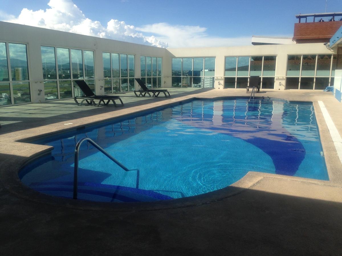 Apto en villa risho zona 14 con hermosas vistas for Construccion de piscinas en guatemala