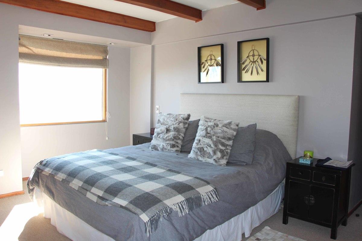 9 de 34: Dormitorio principal en suite con walkin closet. Tercer Niv