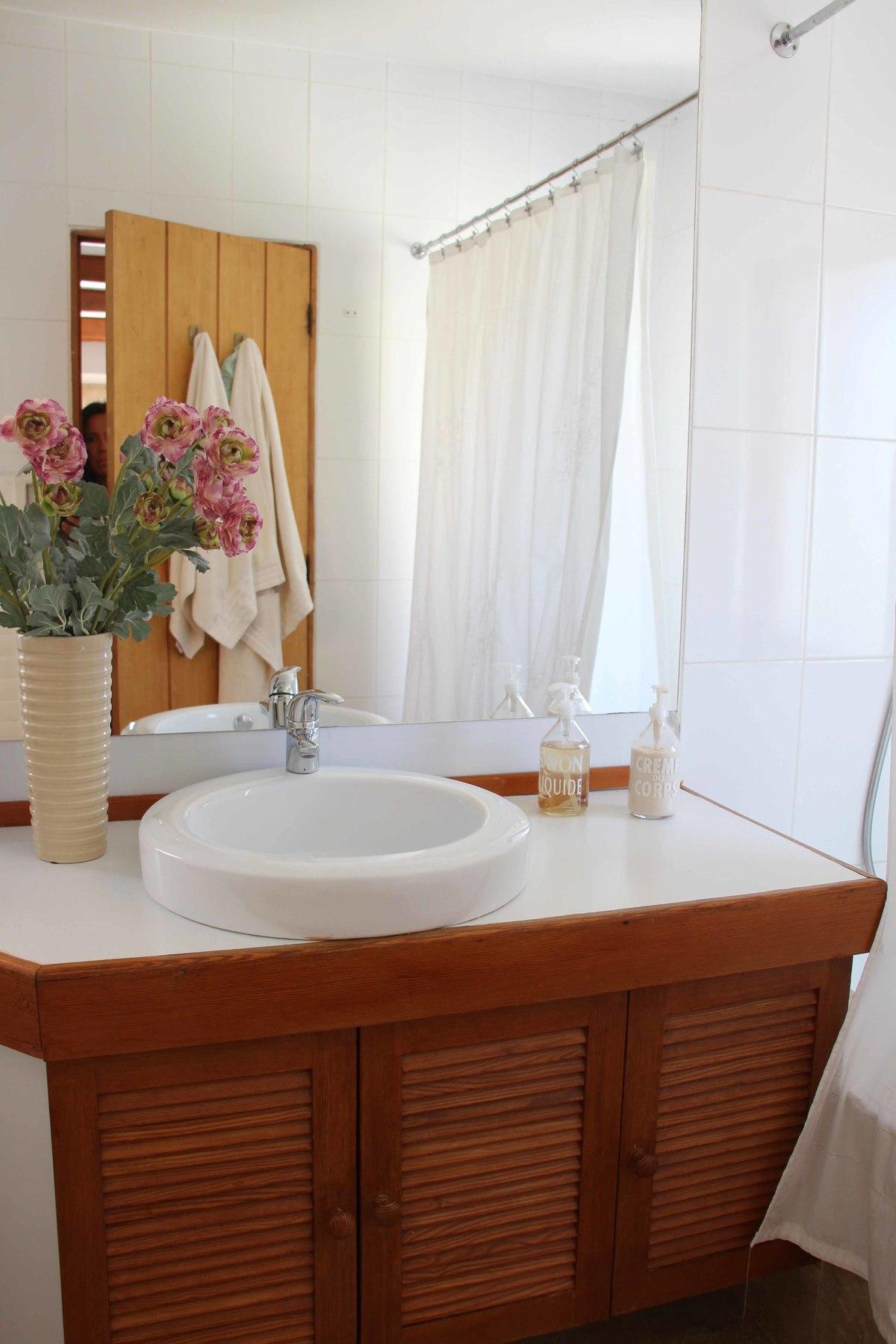 10 de 34: Baño dormitorio principal. tercer nivel.