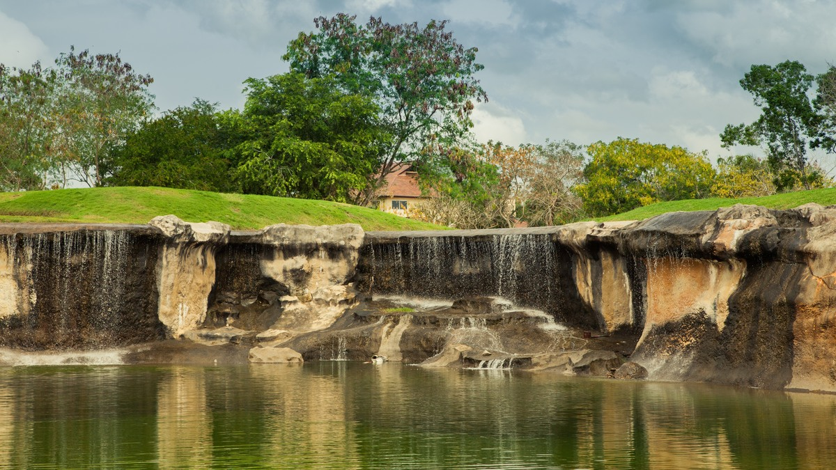 16 de 20: Vista del Lago - Hoyo 13