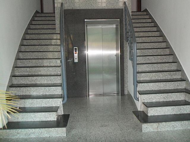 16 de 16: Entrada al edificio