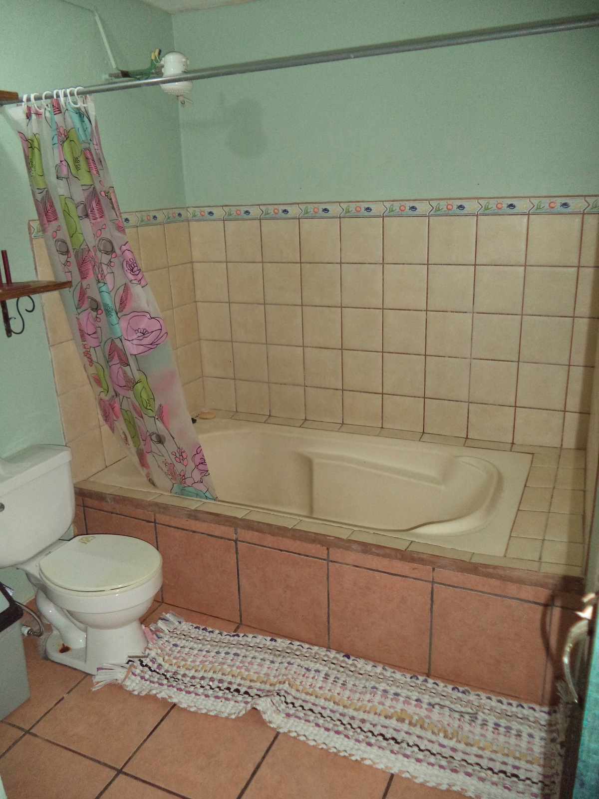 8 of 10: Bathroom in second room
