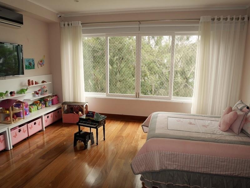 7 de 43: Amplio dormitorio secundario completo