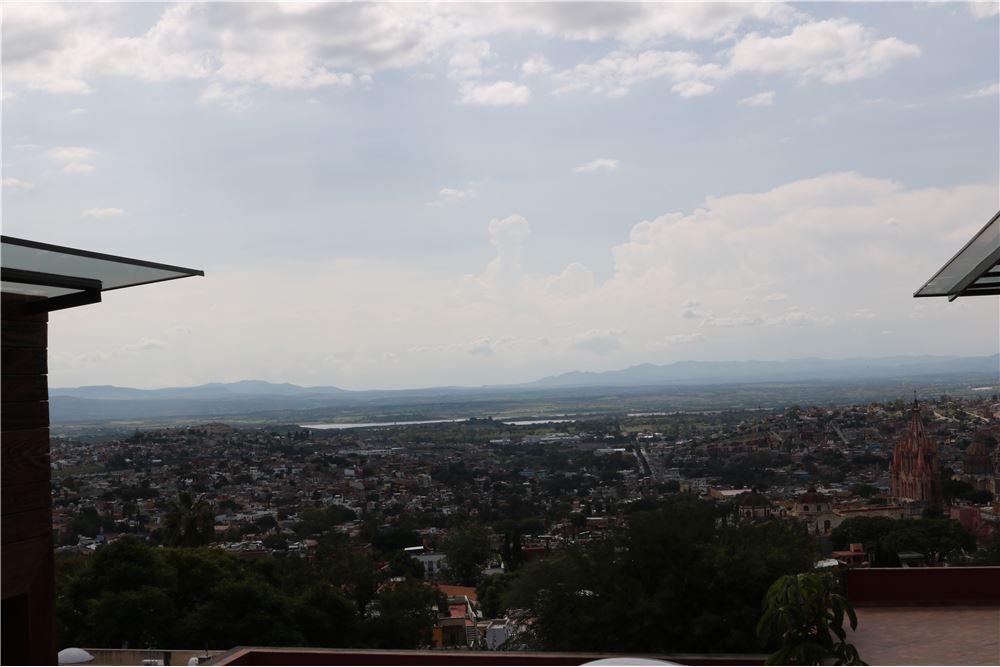 5 of 5: Vista desde azotea 2