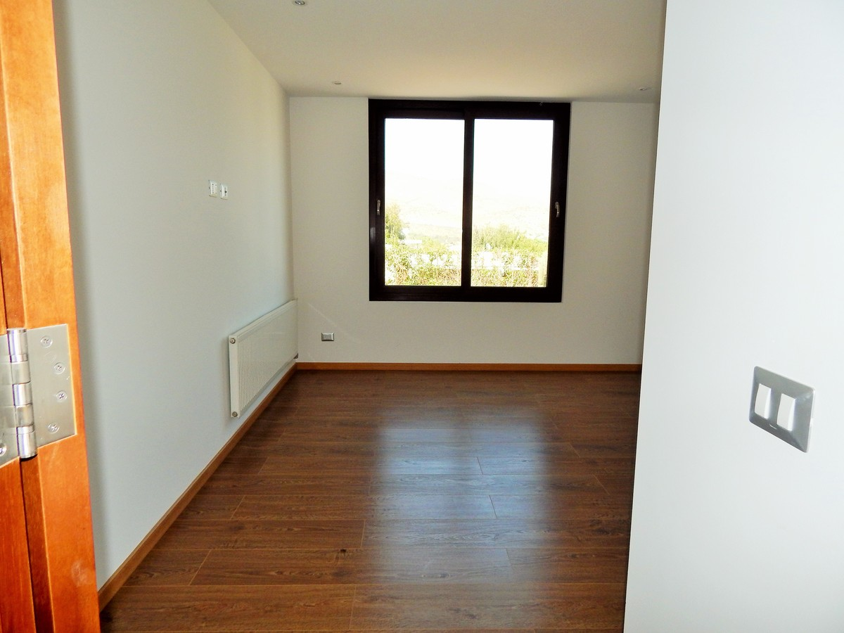 16 de 45: Dormitorio 1