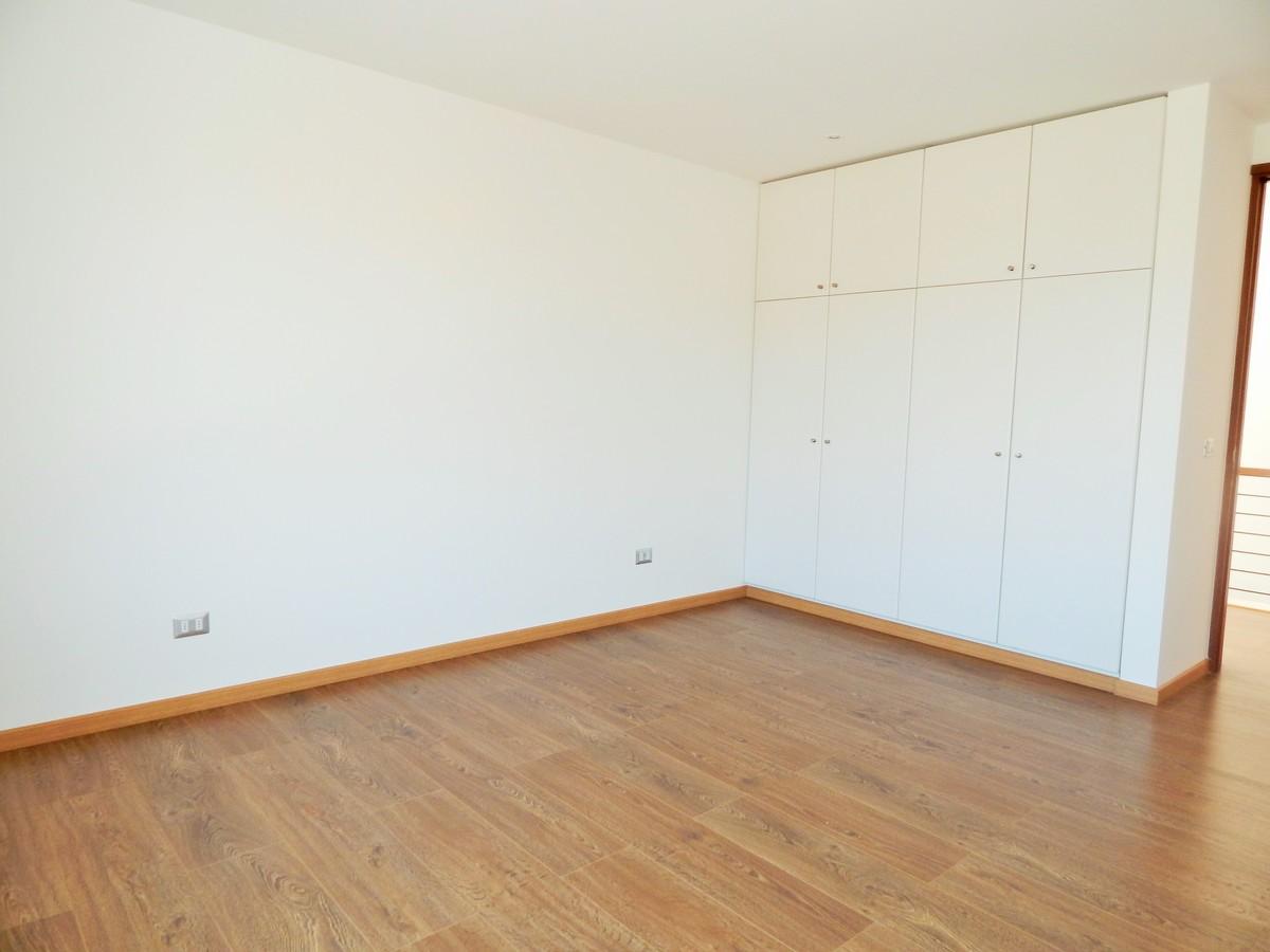 17 de 45: Closet dormitorio 1