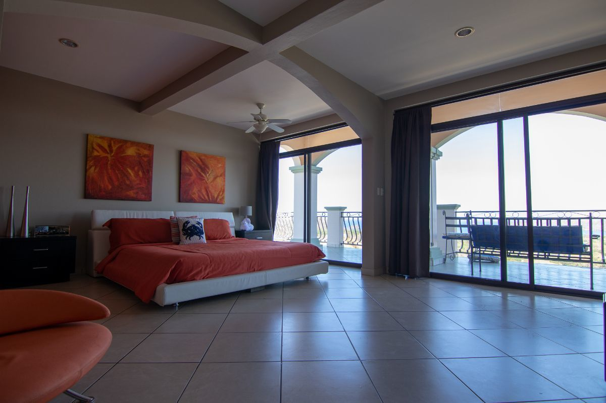 5 of 28: Penthouse master bedroom