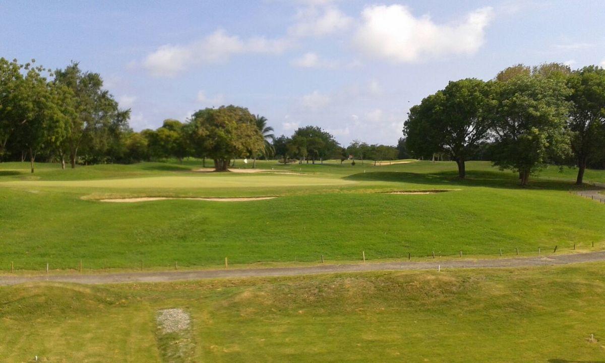 18 de 18: Vista al campo de golf