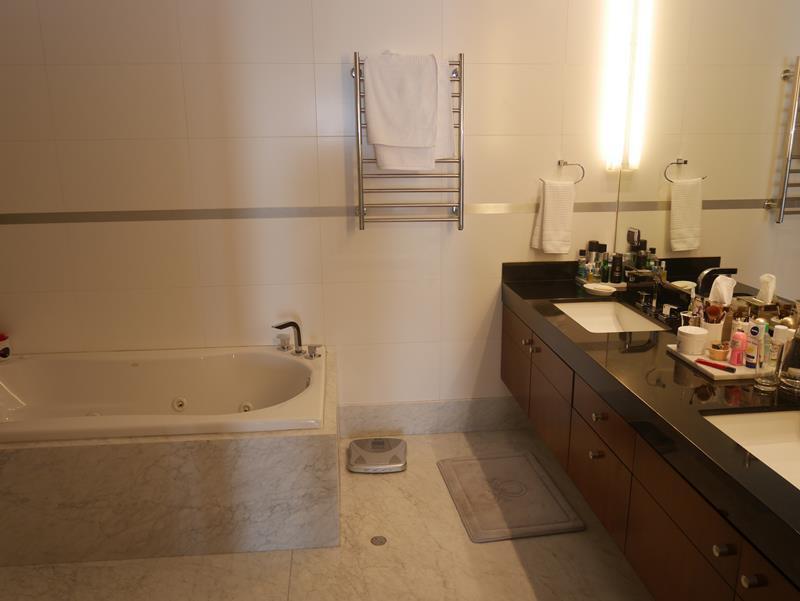 28 de 50: Baño Principal