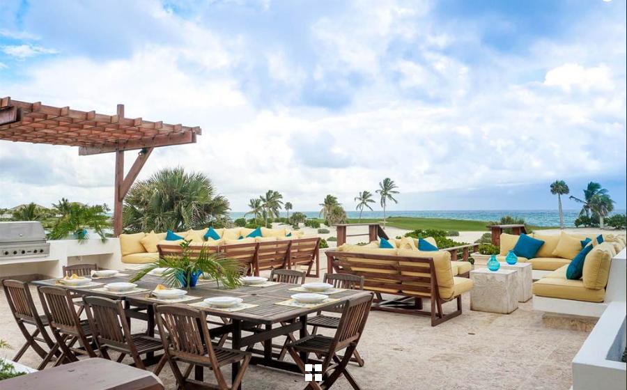16 de 17: BBQ Terrace with ocean views