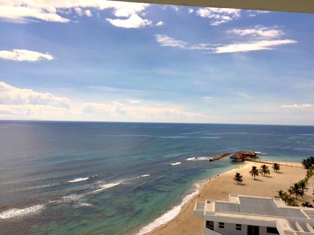 12 de 35: Vista desde Balcon de Dormitorio Principal