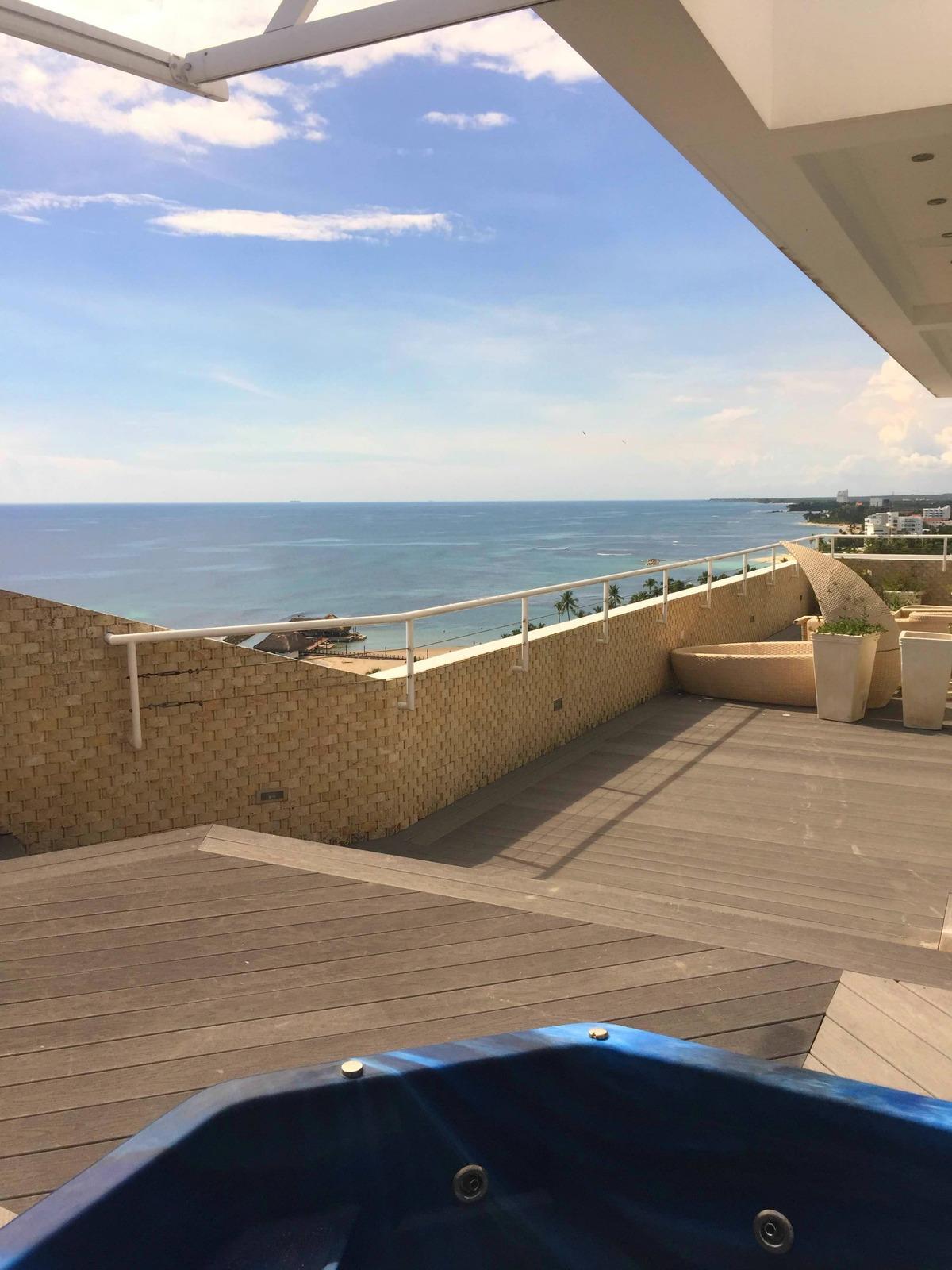 34 de 35: Terraza con Deck de Madera