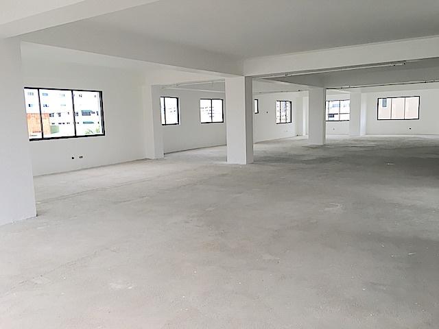 1 de 9: Amplio espacio abierto