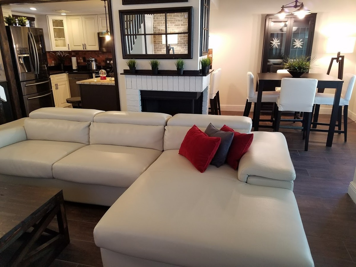 stunning 2 2 condo by full sail rollins college valencia u0026amp ucf