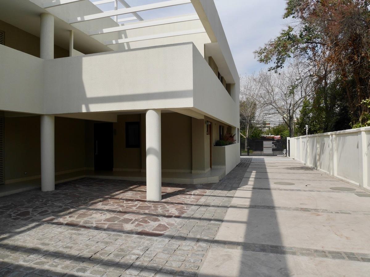 Depto penthouse con gran terraza proyecto nuevo sin for Easy terrazas chile