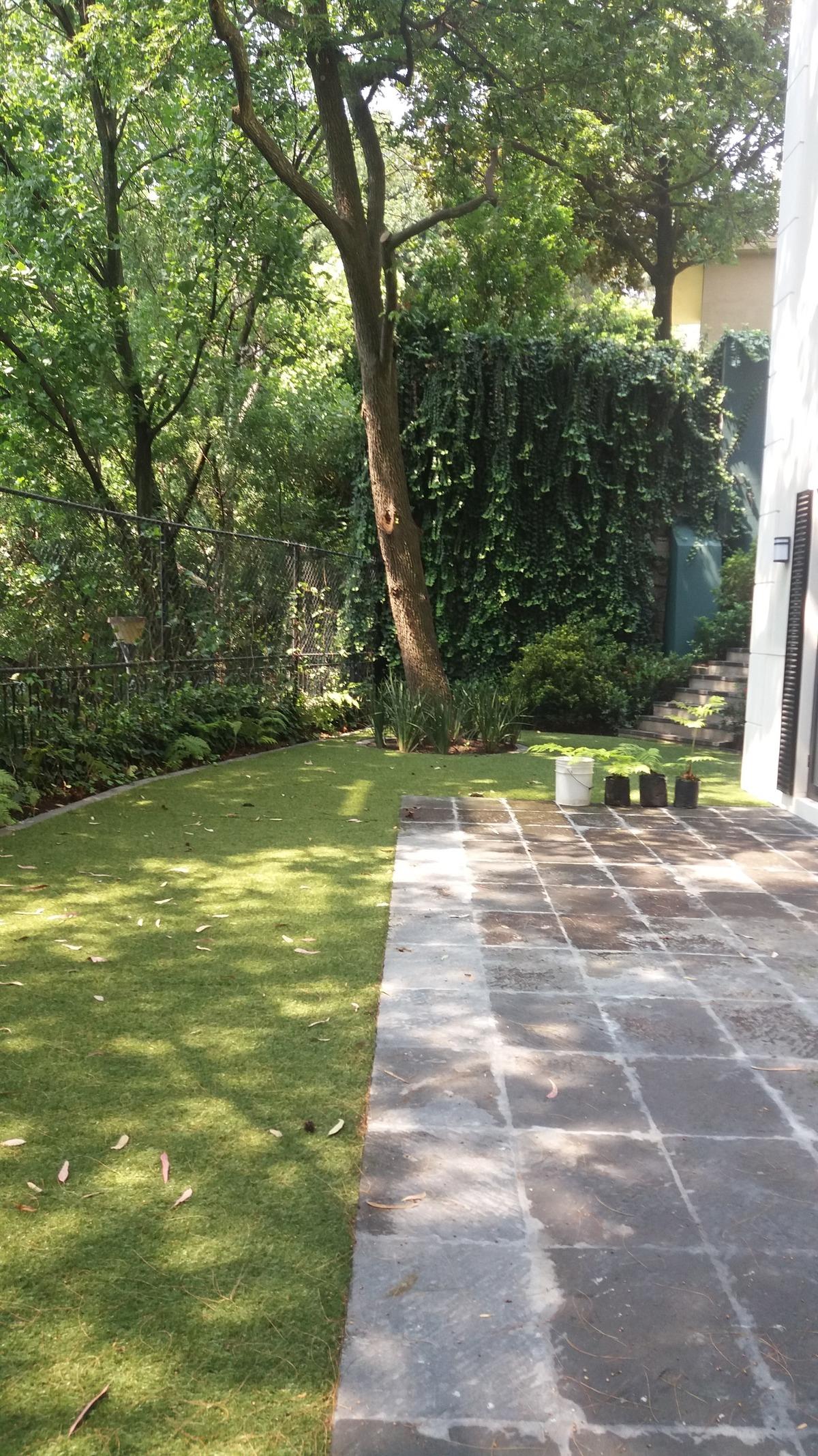 4 de 6: jardin propio