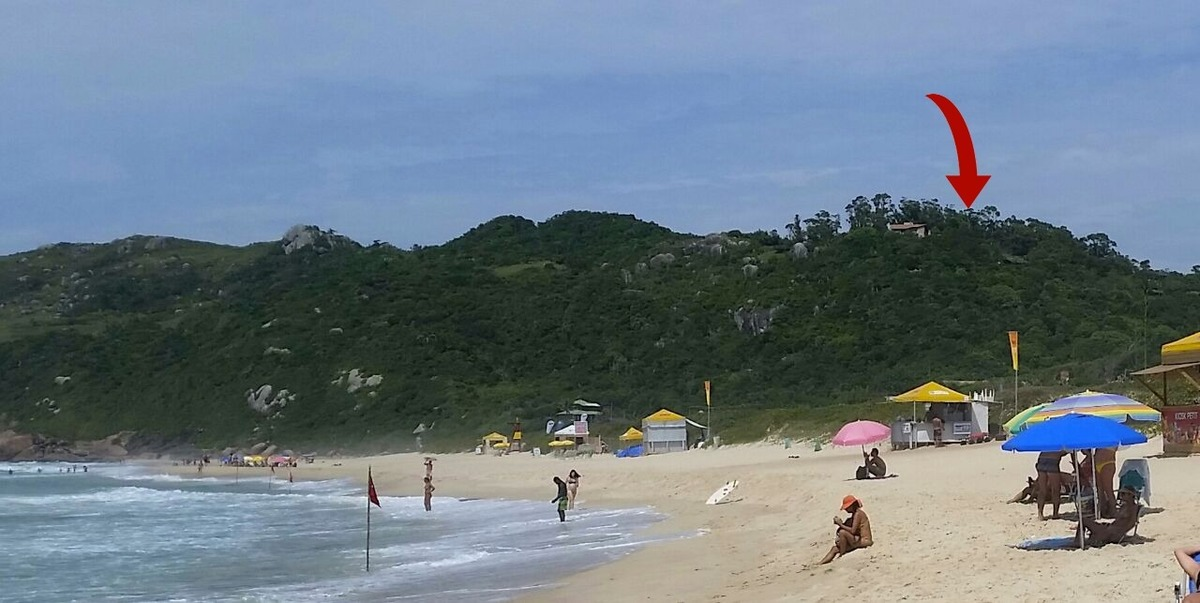 4 de 18: Praia Mole - pé na areia