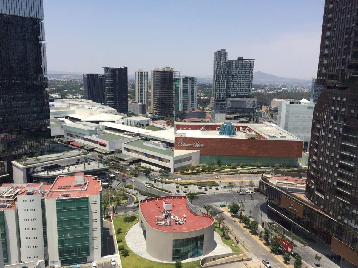 31 de 49: Vista hacia Plaza Andares