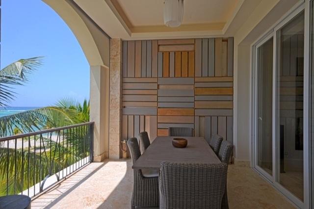 8 de 8: Terrace with ocean views
