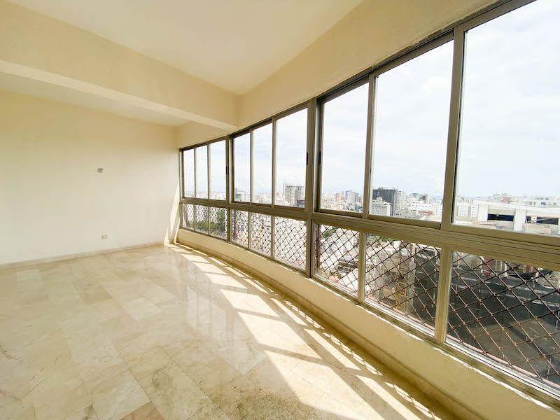 16 de 34: Balcón habitación #1