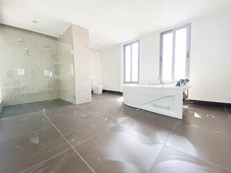 18 de 34: Baño Habitación 1