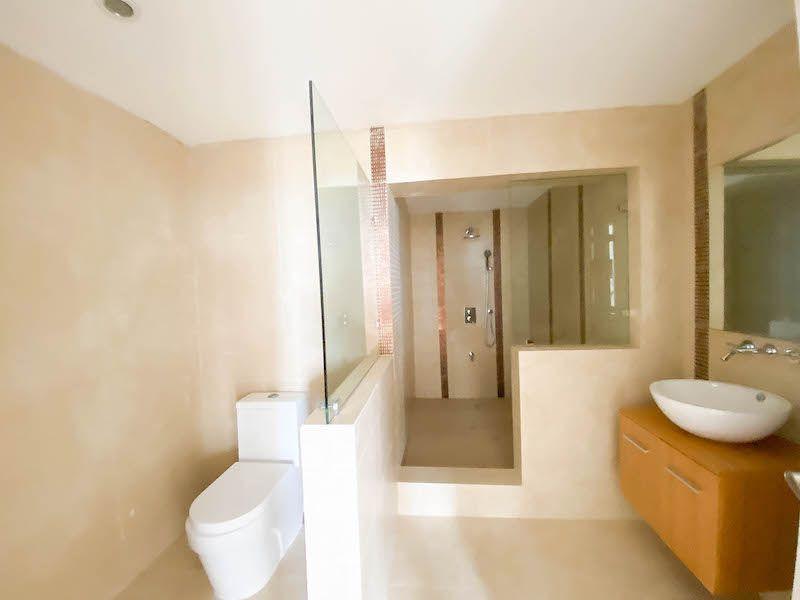 22 de 34: Baño habitacion 2