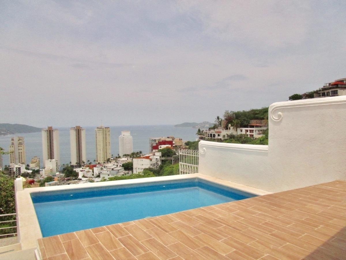 Casa Sola Condesa Acapulco 3 Recámaras Estudio Alberca