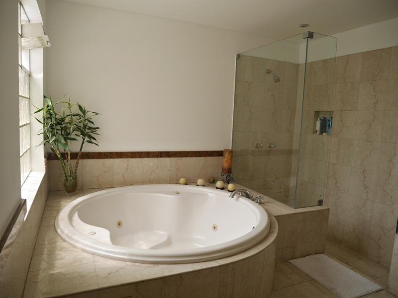 26 de 41: Baño Dormitorio Principal