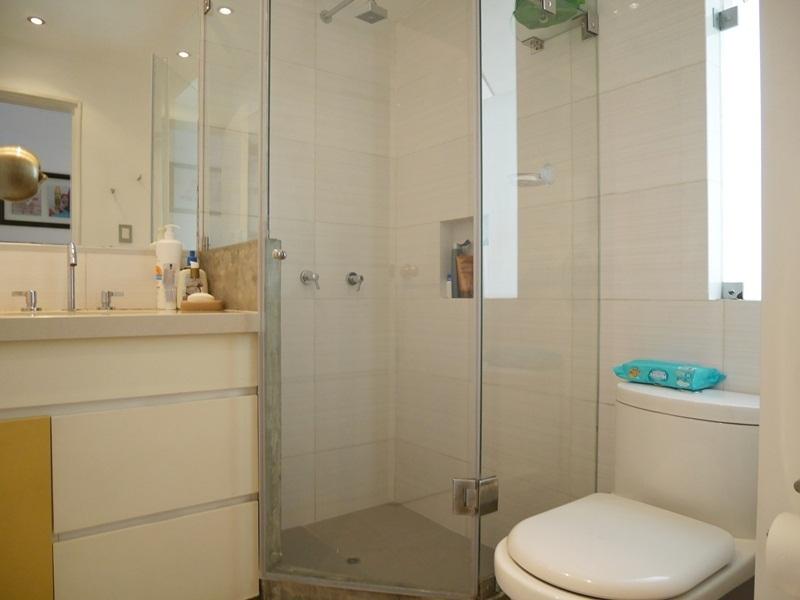 28 de 41: Baño Secundario