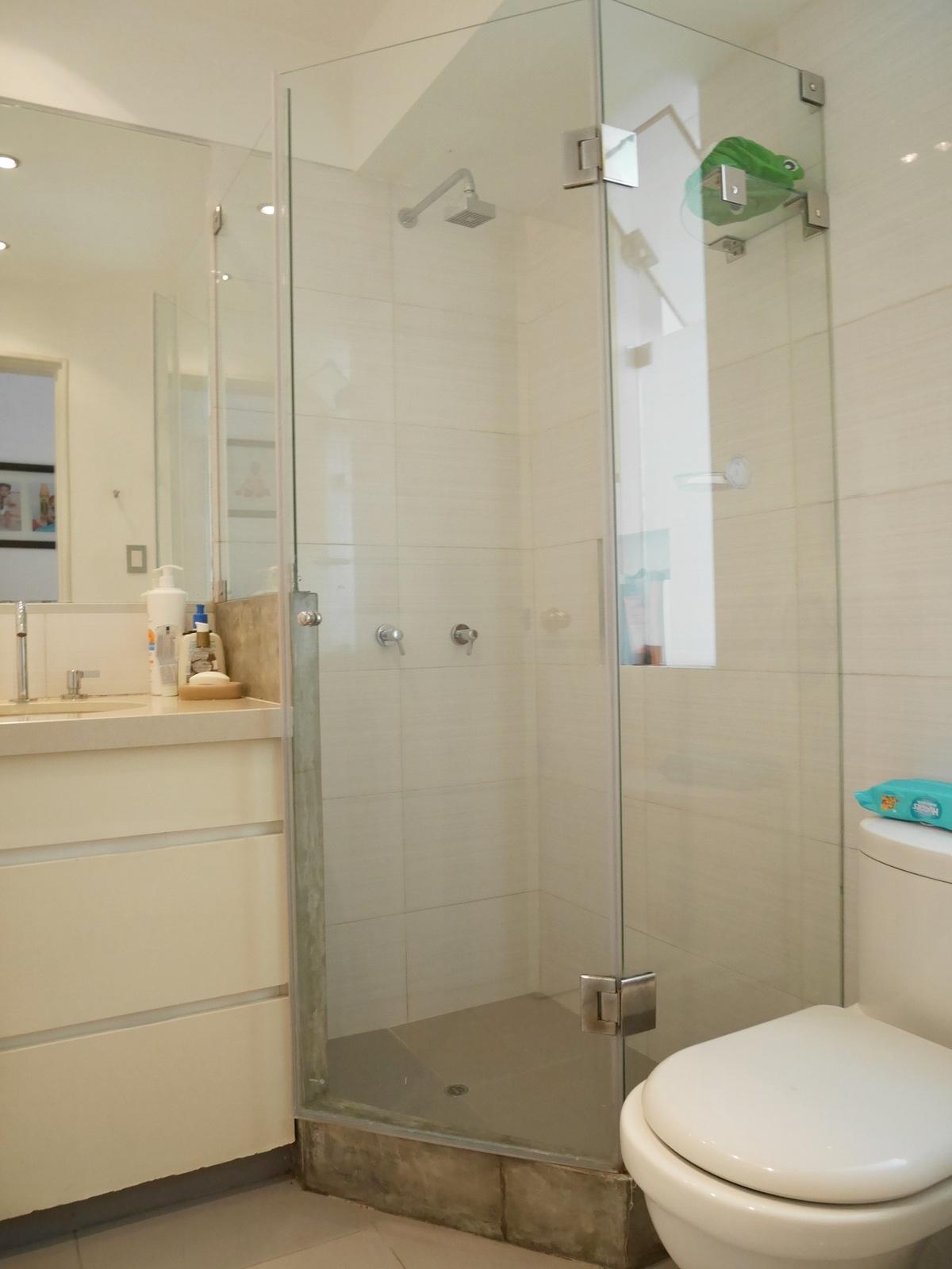 29 de 41: Baño Secundario