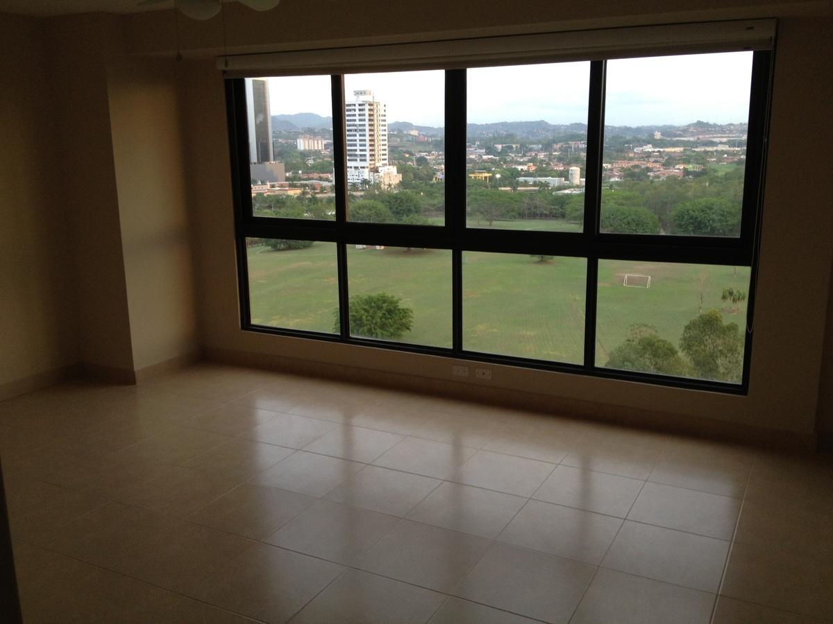 8 de 11: Vista desde la Sala