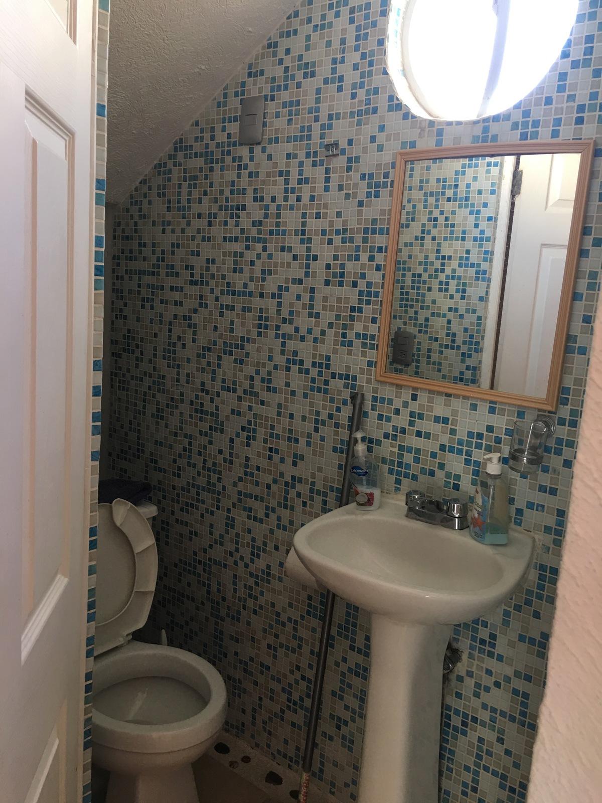 7 de 30: Baño estancia (1er piso )