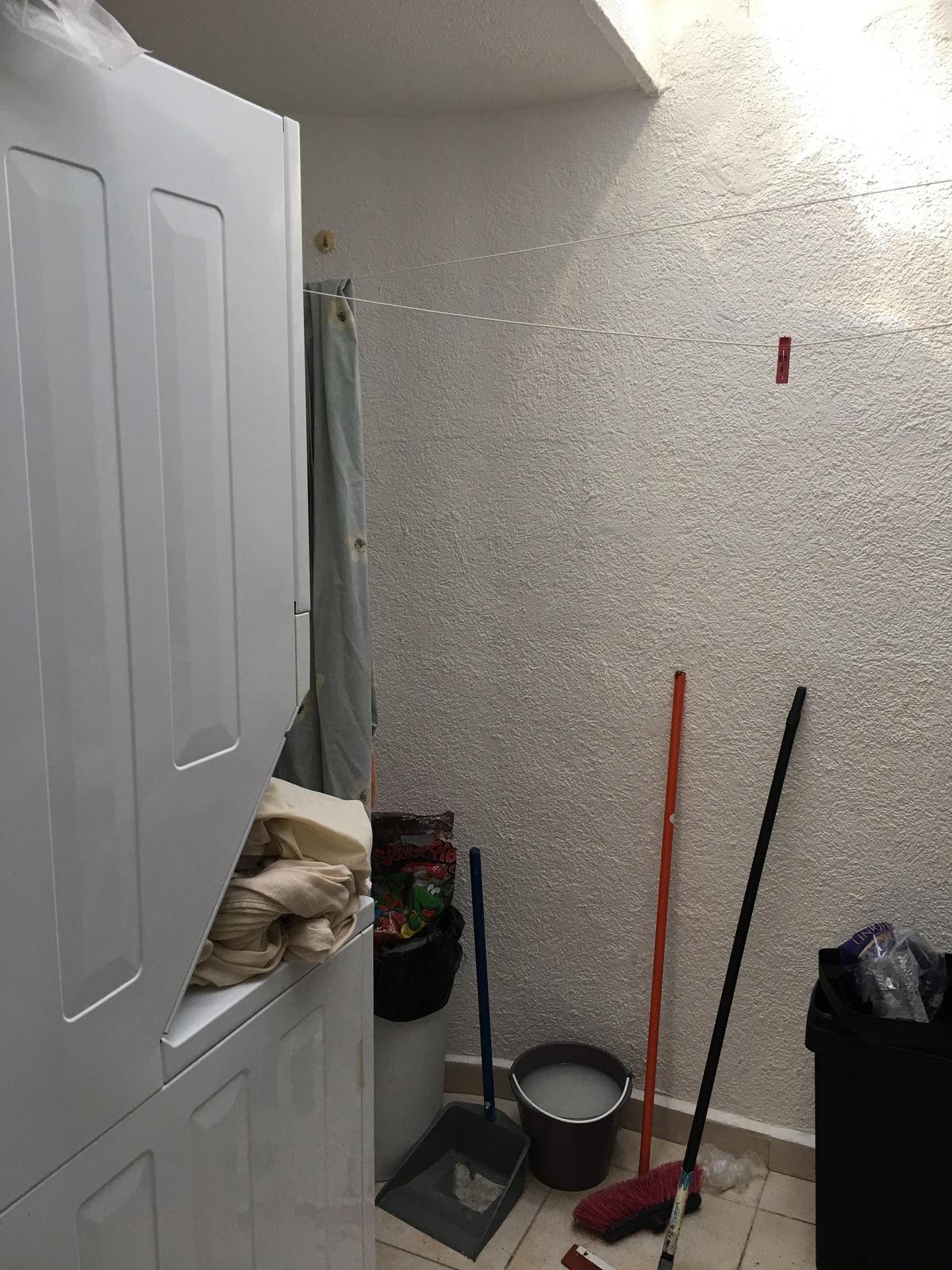 28 de 30: Cto de lavado con techo.