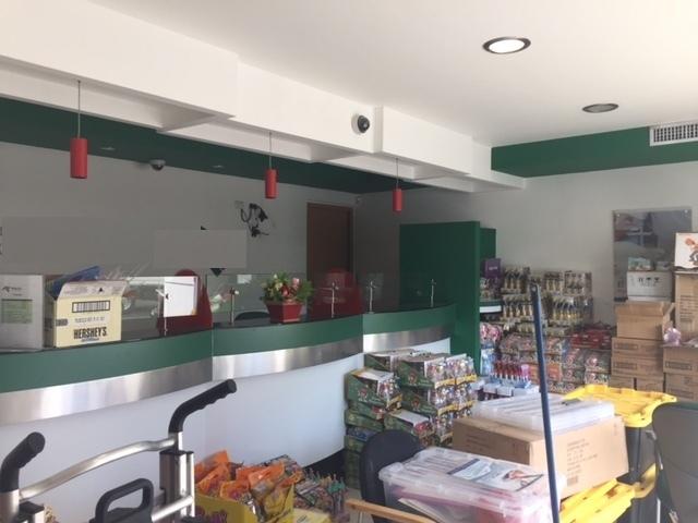 Local perfecto para banco consultorio y oficina for Bancos para oficina