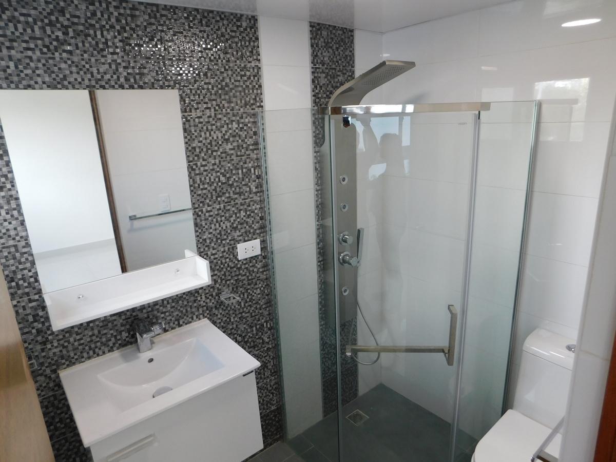 7 de 15: Baño Habitacion Principal