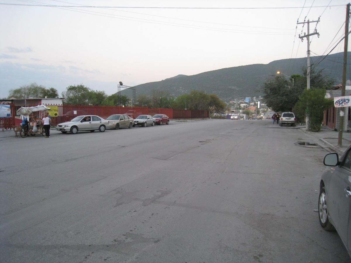 7 de 19: Avenida al frente