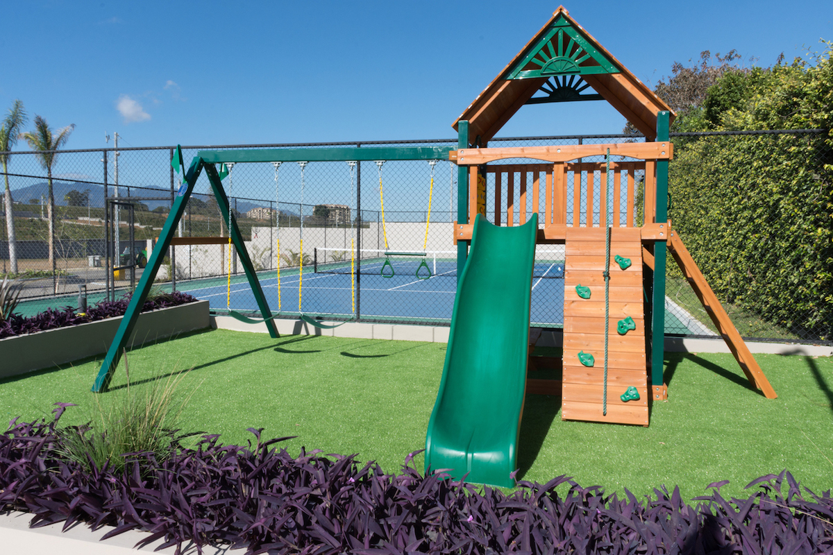 13 de 16: Playground 2