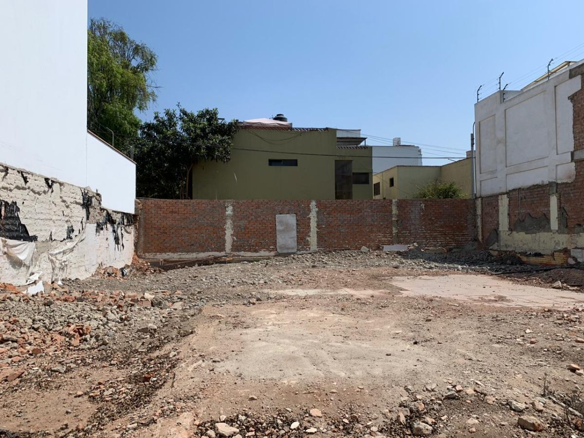 2 de 11: Terreno Listo para Construir con Frente 15 mts