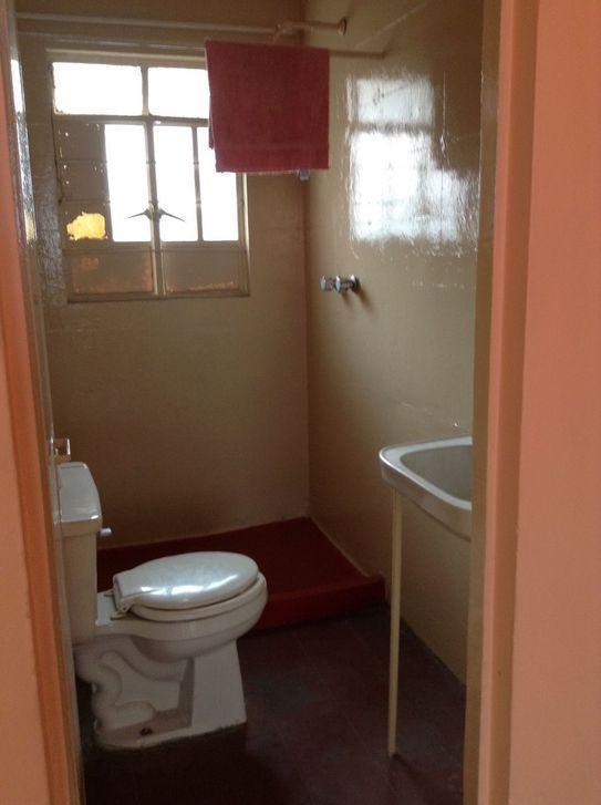 3 de 3: Baño Completo Privado