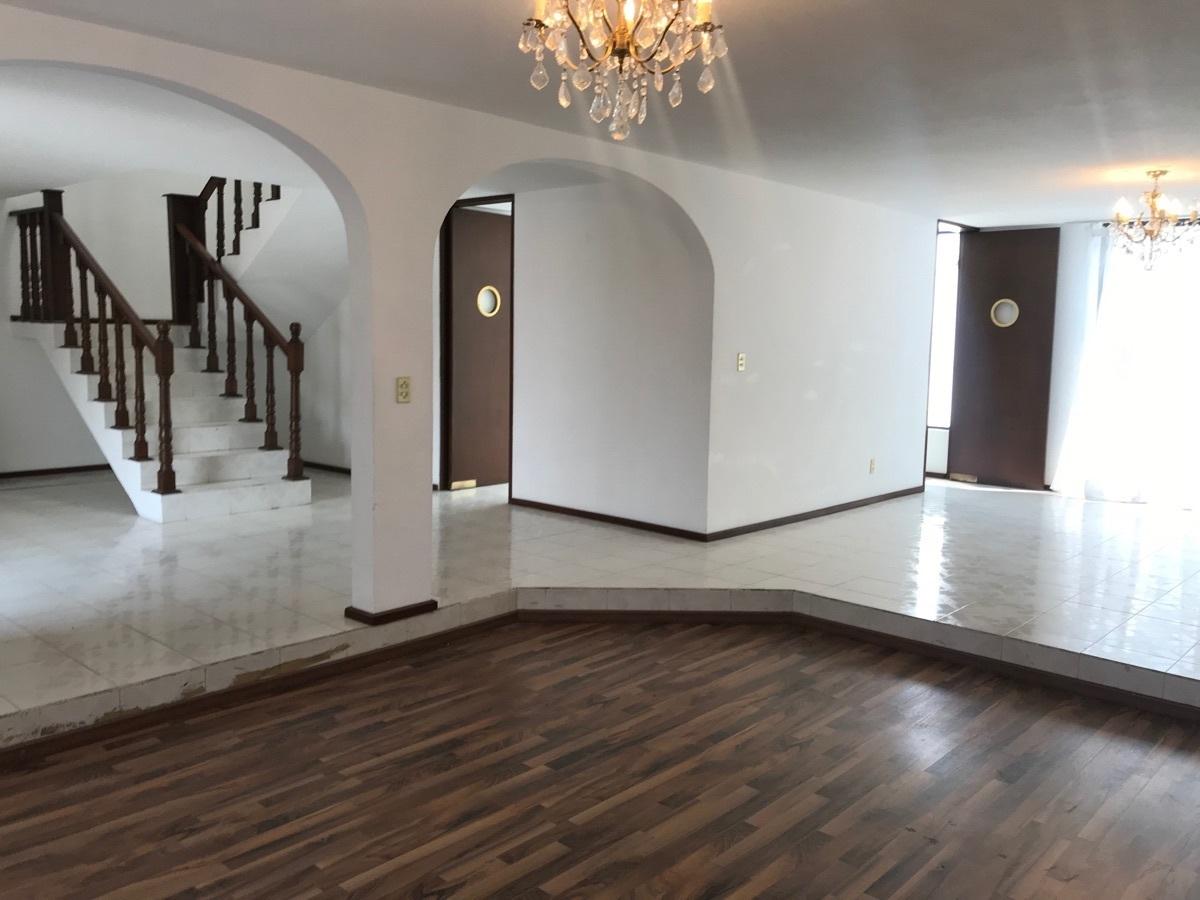 4 de 21: Casa en renta en San Javier - nueva era bienes raices