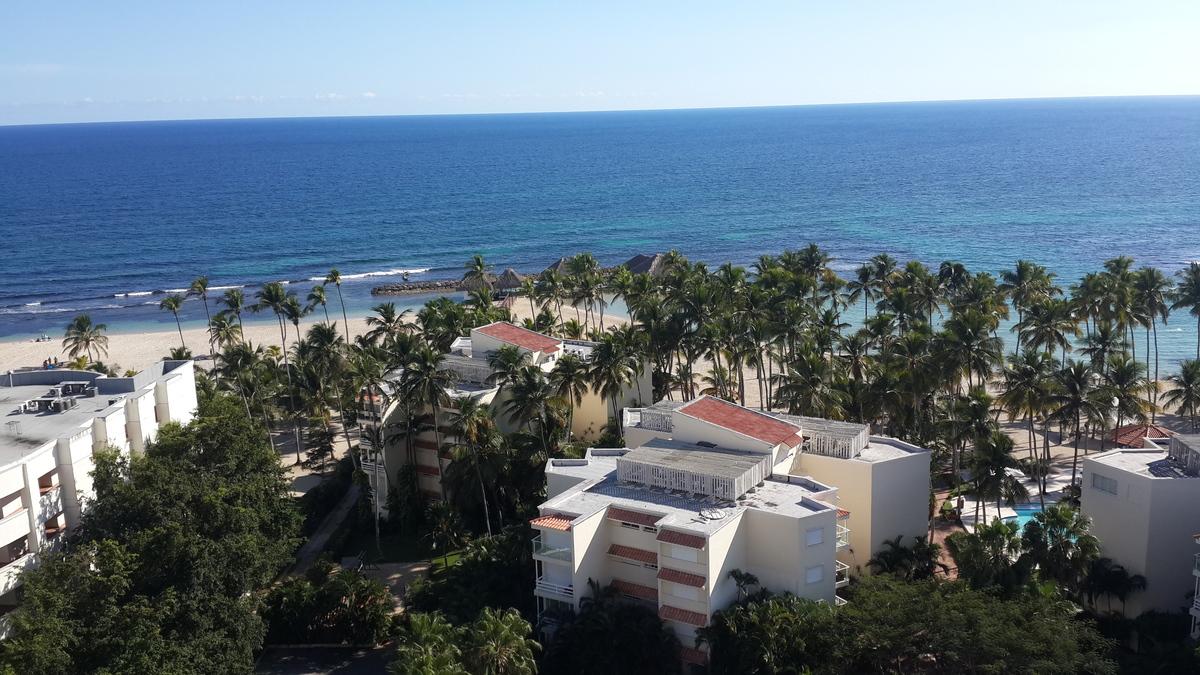 15 de 21: Vista al Club de Playa