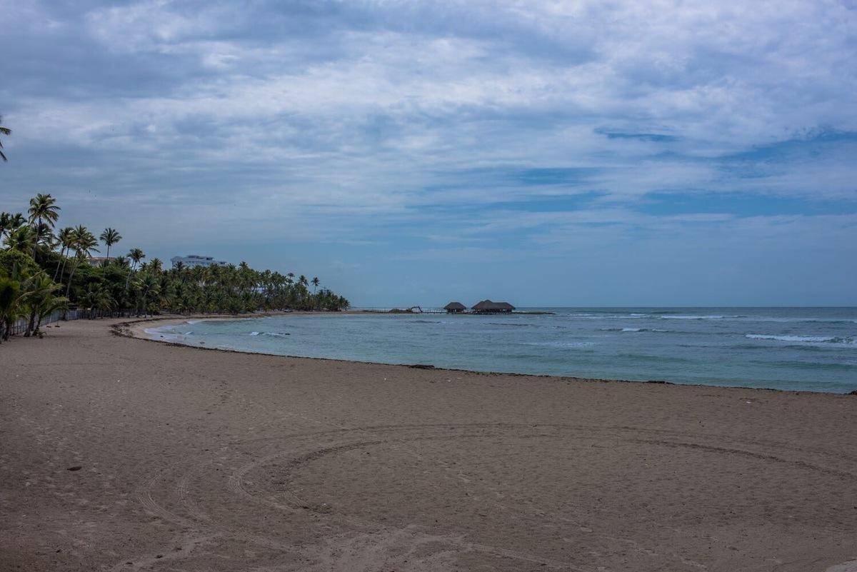 1 de 13: Vista a la playa