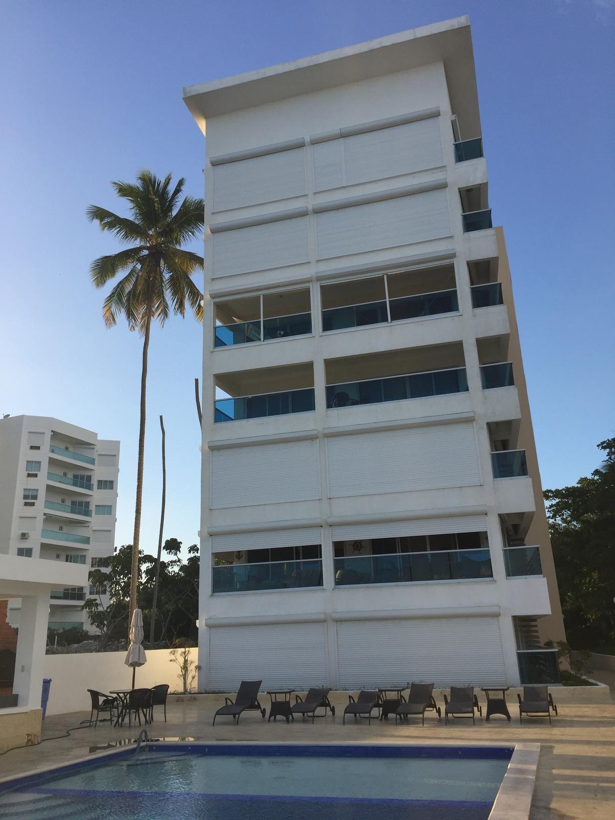 4 de 13: Vista de la parte trasera del edificio