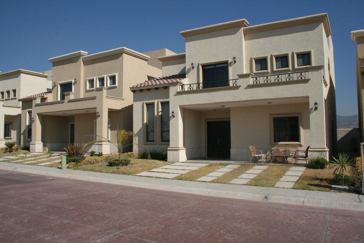 1 de 17: Casa residencial con amenidades - Ubicación - Seguridad